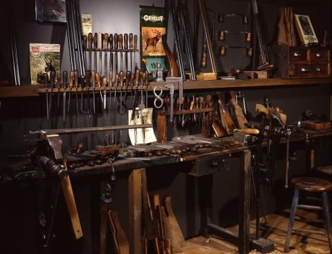 Atelier d'armurier stéphanois du XXe siècle