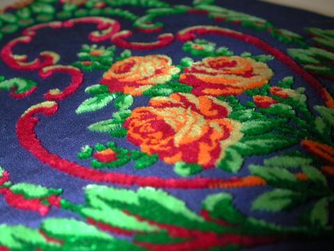 Rubans en velours à motifs floraux