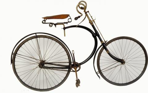 Bicyclette Hirondelle, modèle «Superbe» Manufacture Française d'Armes et Cycles de Saint-Etienne, 1891-1893