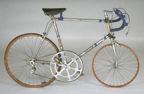 Vélo de piste de Georges Paillard Fabricant: Delangle, Paris, 1949