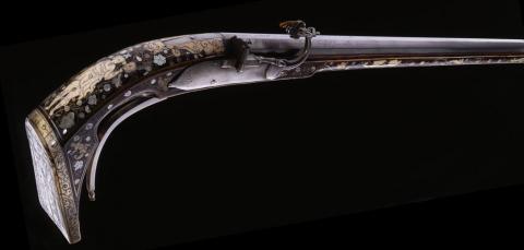 Pétrinal : arme à feu du XVIe siècle fabriquée en Europe