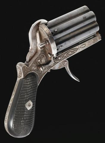 Poivrière : Arme de poing à répétition manuelle fabriquée en Belgique vers 1870