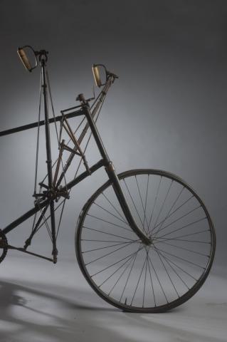 Machine à courir «La Valère» Concepteur et fabricant: Valère et Cie, Paris, 1893